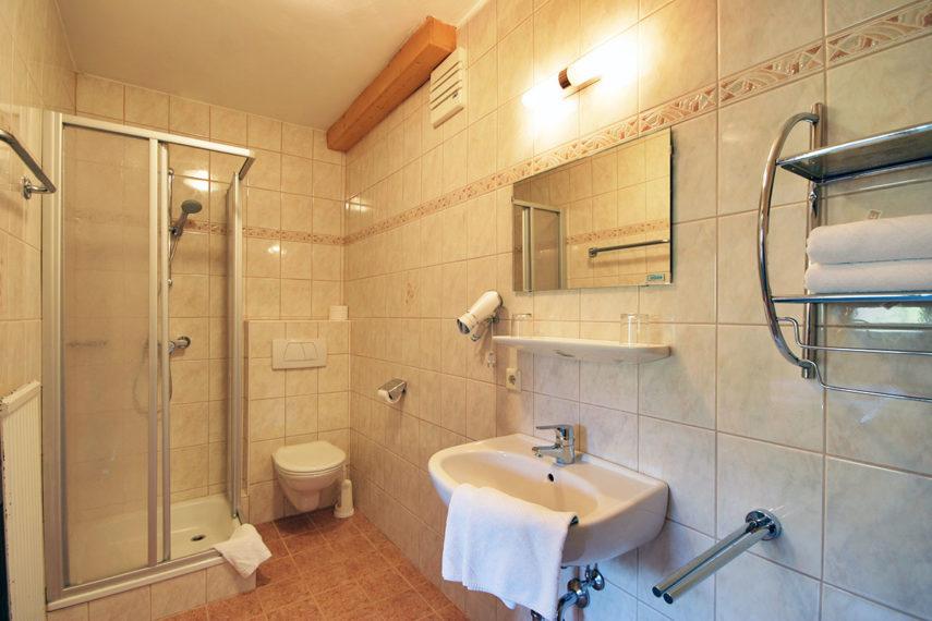 Badezimmer - Ferienwohnung in Flachau für 3 - 6 Personen