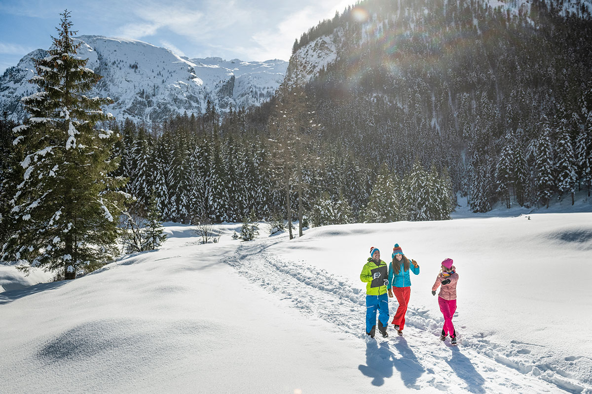 Winterwandern im Winterurlaub in Flachau, Ski amadé